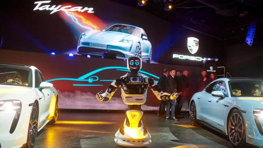 the Syndicate dirijează noaptea electrizantă a noului Porsche Taycan