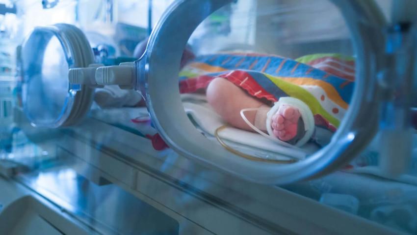 OMV Petrom sprijină Asociația Prematurilor în echiparea secției de neonatalogie aMaternității Bacău