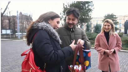 De 1 martie, HEIDI Chocolate și SPOON Digital au oferit un ajutor bărbaților. Și online, și offline