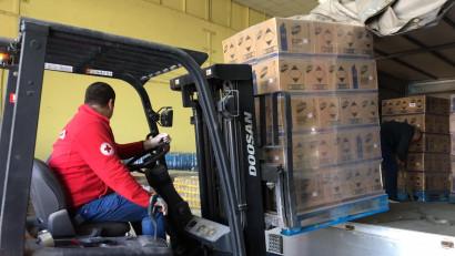 Domestos donează Crucii Roșii Române produse în valoare de peste 120,000 euro pe perioada pandemiei COVID