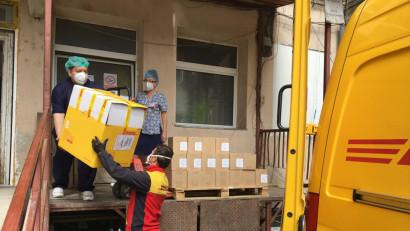 DHL Express Romania a livrat echipamente medicale esențiale în combaterea COVID -19 pentru 20 de spitale din România