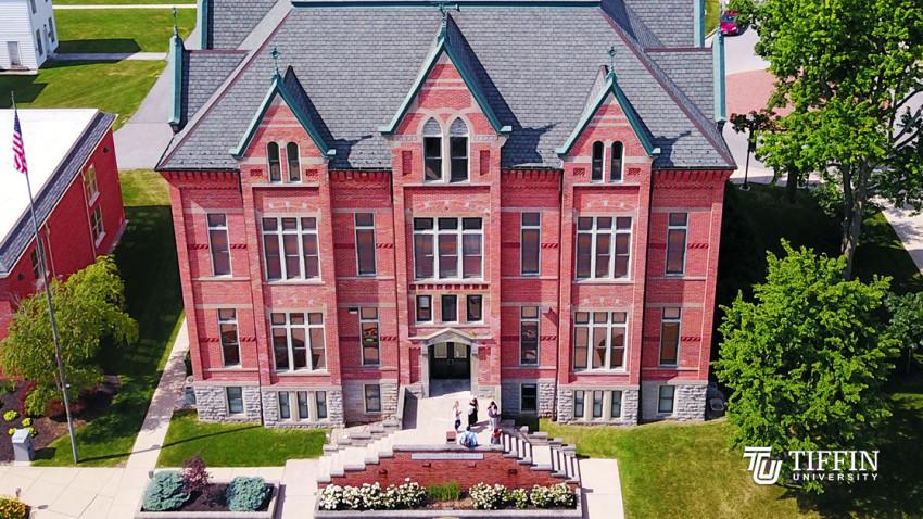 Tiffin University adaptează condițiile de înscriere pentru anul universitar 2020 – 2021, pentru a veni în sprijinul absolvenților de liceu, în contextul schimbărilor generate de Coronavirus