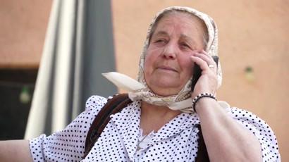 Mircea Bravo - Cum sa iti tii bunica in casa