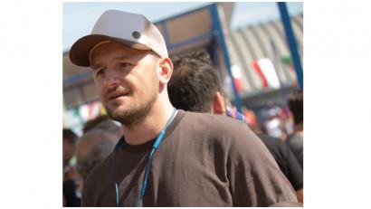 [Gif Art] Lucian Moldovanu: Am vrut sa indemn privitorul spre a gasi varianta personala de raspuns