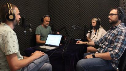 [REC si la podcast] Iscoada, un podcast care coboară cunoașterea academică din turnul de fildeș