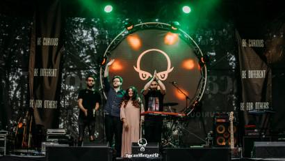 [Single de Romania] Fine, It's Pink: Dezamăgirea cea mai mare vine din partea statului care consideră munca artiștilor ca fiind neesențială
