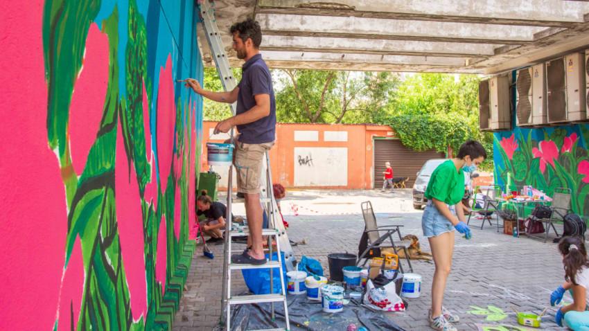 Campania Culorile României susținută de Policolor continuă și în 2020. 5 tone de vopsea lavabilă și emailuri au plecat spre comunitate în cadrul celor 18 proiecte în curs de derulare anul acesta