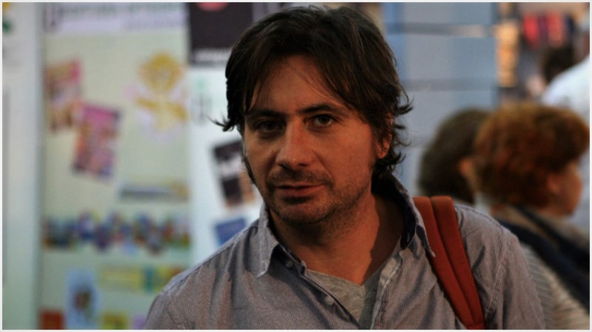 [Voci online] Ionel Stoica: Sunt un simplu jurnalist. Îmi place să citesc ce scriu jurnaliștii acreditați pe Justitie, cei care se implică social și pe cei cu umor, care folosesc frecvent harfa
