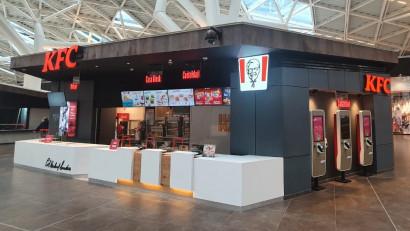 Sphera Franchise Group continuă planurile de dezvoltare și inaugurează cea de-a treia locație KFC din Brașov