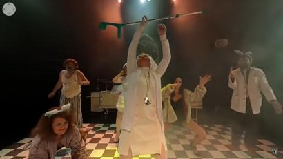 """Teatrul vine la tine acasă în decembrie prin intermediul tehnologiei VR360! Post producția piesei de teatru """"Zbor deasupra unui cuib de cuci"""" se apropie de final"""