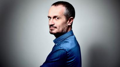 [Voci online] Dragoș Stanca: Sunt out-of-fashion. Iubesc nuanțele, echilibrul și profunzimea, care uneori înseamnă texte lungi