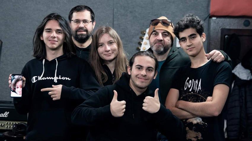 Tineri băcăuani, rock contemporan și mesaj protestatar