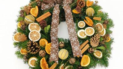 Magia sărbătorilor de iarnă este mai apropecu aranjamentele de la FlorăriaMobilă.ro