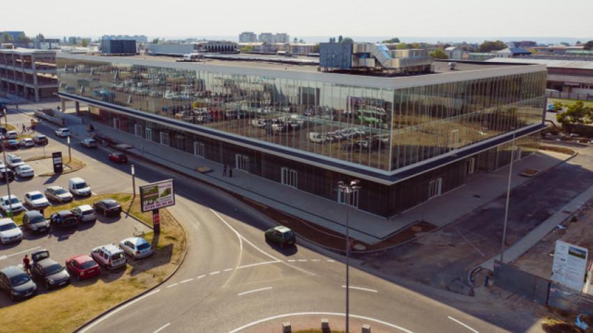 Catinvest a finalizat o clădire mixtă de 12.300 de metri pătrați în Electroputere Parc, ca parte a unei investiții de 39 de milioane de euro, și deschide prima clădire de birouri clasa A din Craiova