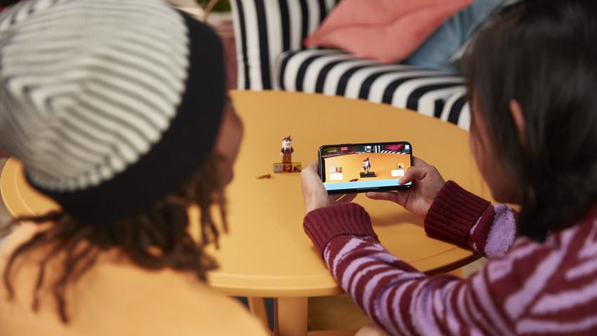 LEGO® VIDIYO™ – prima platformă de creare de conținut unde cei mici devin proprii regizori, scenariști și producători