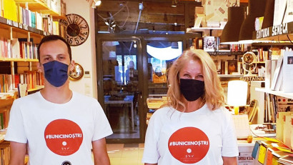 """Seneca Anticafe lansează prima librărie online responsabilă social:o parte din vânzarea de carte din luna martie se transformă în alimente pentru sute de vârstnici singuri, parte din proiectul """"Bunicii Noștri"""""""