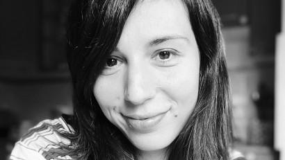 [Gen Z] Miruna Antonescu: Sunt generația cu 3 părinți, mama, tata și Internetul