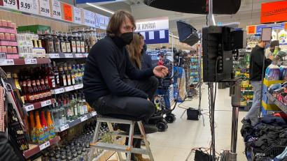 [Regizor în 30 sec] Anton Groves: Ești obligat să ai două roluri, unul de realizator de film, iar celălalt de negociator