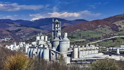 Piața românească, o referință privind sustenabilitatea în construcții: România este una dintre primele țări în care grupul LafargeHolcim lansează cimentul verde ECOPlanet