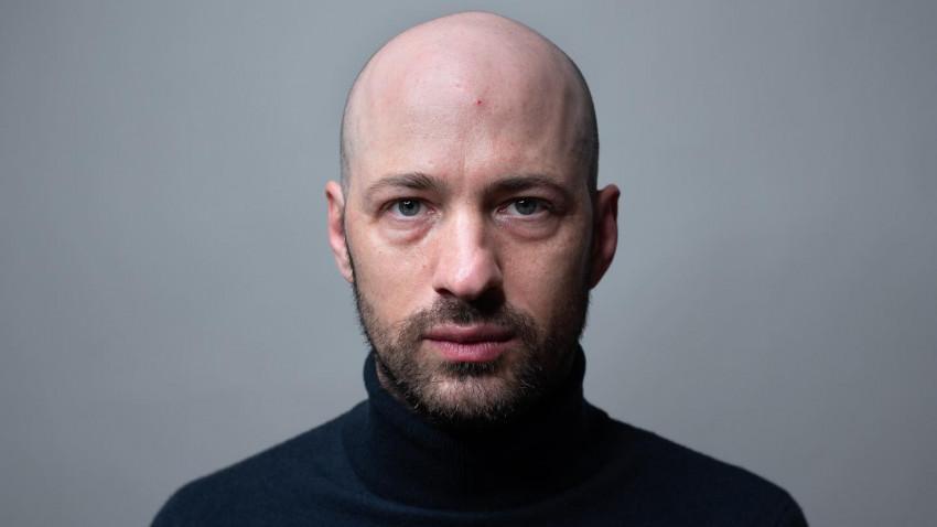 [Arta Pandemică] István Téglás: Între artiști nu există solidaritate, nu a existat niciodată și nici nu va exista. Ei se adună doar când nu au încotro pentru că le cade tavanul în cap