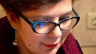 Iulia Popovici: Artiștii sunt trimiși să activeze pe o piață atât de liberă, încât e de-a dreptul Vestul Sălbatic