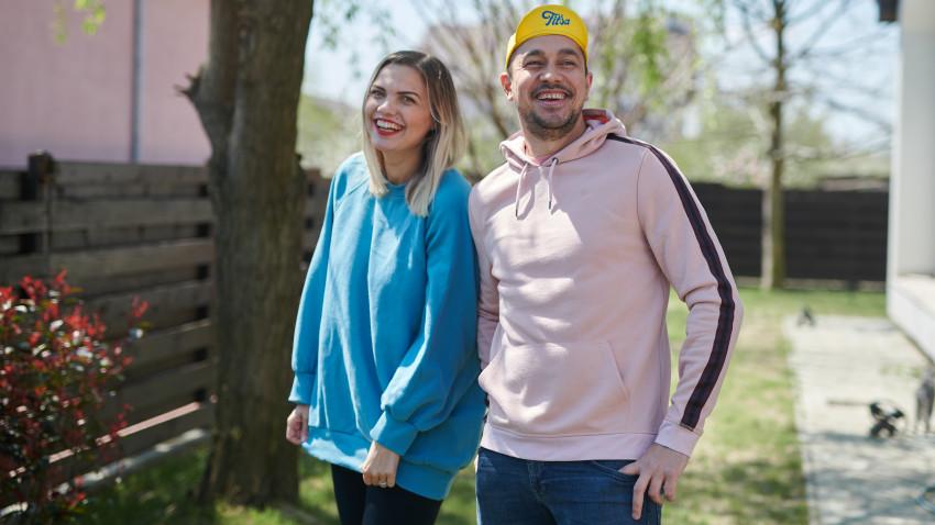 [Creative Business] Simona & Eugen Suman: Ne mândrim că facem produsele în România, de la zero. De la materialul gol pe care-l vopsim, serigrafiem, brodăm, tăiem
