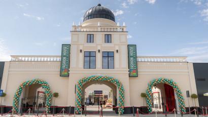 FASHION HOUSE Pallady, cel mai nou outlet din Capitală, și-a deschis porțile și oferă zilnic discounturi de până la 70%, la branduri celebre