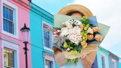Vară în nuanțe de roz cu Floria.ro: bujorii, vedetele noului sezon