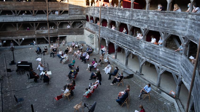Muzicieni renumiți pe scenele din Brașov