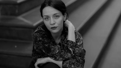 [Youniverse] Andreea Borțun: Sper să pot să arăt lumi și locuri la care de obicei nu ne uităm, pentru că privirea accea pare greu de dus și pare incofortabilă