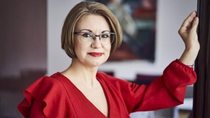 [Veterani in PR] Camelia Cavadia: Aveam 25 de ani când m-am angajat la PRO TV, nu auzisem în viața mea de PR și n-aveam nici cea mai vagă idee ce presupune