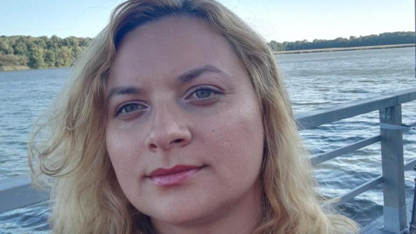 [Out of office] Alice Gavril: Cel mai mult îmi place să intru în vorbă cu oamenii locului și să aflu detalii despre viața lor, poate chiar să mă invite la ei în casă, la masă
