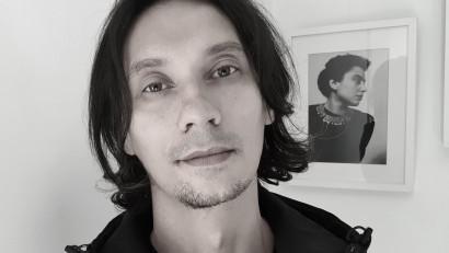 [Vocile cărților] Andrei Aivănoaei: Îmi amintesc că am ajuns prima oară în biroul de la Humanitas Multimedia și le-am văzut pe toate aranjate într-o bibliotecă fără să știu ce sunt