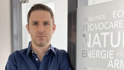 Povestea Vegis.ro. Doi corporatisti au lasat Bucurestiul pentru o viata linistita si o afacere inspirata de natura