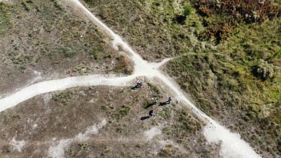 BECOMING LANDSCAPE. OUTLANDS. Mesaje cifrate și semne vizibile din aer au apărut în câmpul de papură din Parcul Natural Văcărești