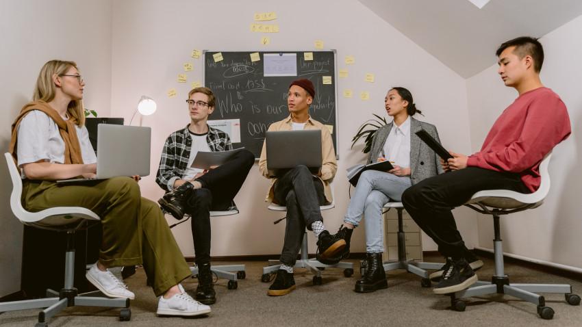 Studiu național: antreprenoriatul și sustenabilitatea, percepute prin ochii tinerilor